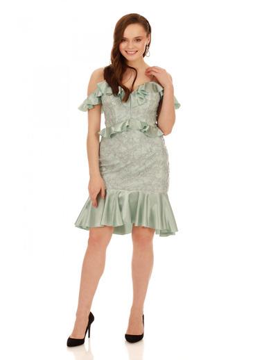 6ixty8ight Çağla Dantel Bel Yaka Fırfırlı Kısa Abiye Elbise Yeşil